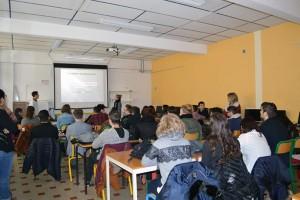 Presentation_des_etudiants_du_Lycee_Sainte_Marie_sur_la_transformation_des_materiaux_plastiques